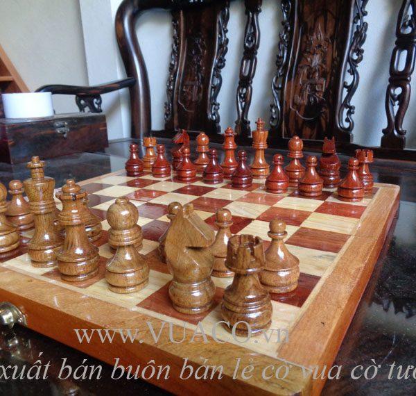Bộ cờ vua bằng gỗ hương mỹ nghệ đạt chuẩn cao cấp